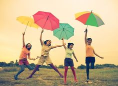 Cute idea for a friend photo shoot. Such colorful umbrellas!