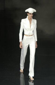 Alexander McQueen at Paris Fashion Week (Runway Photos)