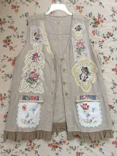 Upcycled Shabby Chic Plus Size Linen Vest Jacket Artsy Vintage and Crochet with Rose Applique Sewing Clothes, Diy Clothes, Clothes For Women, Refashioned Clothes, Romantic Shabby Chic, Crochet Tunic, Linens And Lace, Sweatshirt Dress, Etsy Vintage