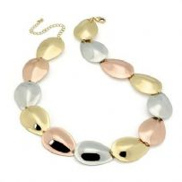 Three coloured gold necklace n29806