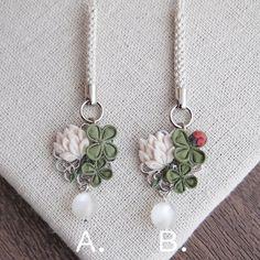Fantasy Jewelry, Fabric Flowers, Crafts, Style, Swag, Manualidades, Burlap Flowers, Handmade Crafts, Craft