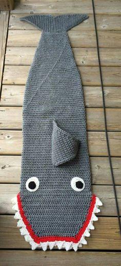 WOW ! That pattern does work up fast! Jennifer has made the Shark Blanket! http://thecrochetcrowd.com/crochet-shark-sleep-snuggle-sack-tutorial/
