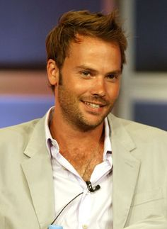 Barry Watson from 7th Heaven. Without the 90's hair.