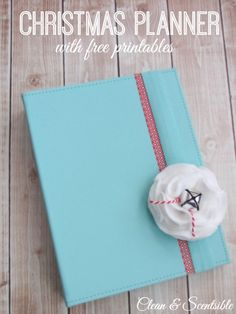 Get organized for the holidays with a Christmas planner {free printables included} cover a binder with pretty paper or spray paint it, and the stripe of washi tape are nice for an office notebook Christmas Deco, All Things Christmas, Christmas Holidays, Xmas, Christmas Recipes, Christmas Activities, Christmas Printables, Christmas Planner Free, Christmas Planning
