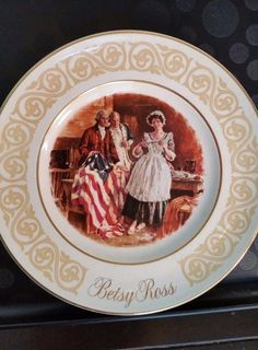 Vintage Wedgwood 1973 Avon Betsy Ross collectible Plate  patriotic flag maker