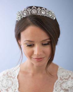 Vintage Inspired Antique Silver, Gold or Rose Gold Wedding Tiara Bridal Crown, Bridal Tiara, Bridal Headpieces, Bridal Headdress, Bridal Jewellery, Wedding Jewelry, Diy Outfits, Diy Design, Vintage Bridal Hair