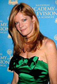 Michelle Stafford Photos - Actress Michelle Stafford arrives at the Annual Daytime Creative Arts Emmy Awards, at the Westin Bonaventure Hotel on August 2009 in Los Angeles, California. Melissa Claire Egan, Michelle Stafford, Soap Opera Stars, Best Soap, Young And The Restless, Awards, Hair Makeup, Beautiful Women, Celebs