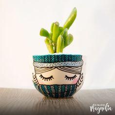 "Succulent MD ""Winter"" – – Succulent diy ideas - How to Make Gardening Painted Plant Pots, Painted Flower Pots, Ceramic Planters, Ceramic Clay, Pottery Painting, Ceramic Painting, Decorated Flower Pots, Flower Pot Crafts, Plant Art"