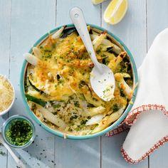 Voorjaarspasta in lentekleuren met Leerdammer - Recept - Jumbo Supermarkten Pasta, Easter Recipes, Cheese Recipes, Macaroni, Quiche, Vegetarian Recipes, Good Food, Dinner Recipes, Breakfast