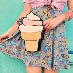 """So, yesterday was #NationalIceCreamDay, huh? Thanks for telling me, ya jerks. #daylateandadollarshort  P.S. The dress is from @hm and the ice cream bag is…"""