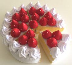 フェルト おままごと 苺のホールケーキ!