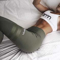 3 Colors Army Green Sporting Leggings Clothing For Women's Fitness Quick Dry Pants High Waist Leggins Fitness Workout Leggings (Fitness Workouts Clothes) Fitness Workouts, Fitness Motivation, Sport Motivation, Fitness Goals, Women's Fitness, Lagree Fitness, Dieta Fitness, Fitness Pants, Fitness Challenges