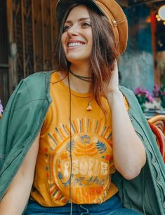 People for the Planet Tee Ootd, Young Designers, Slow Fashion, Spring Fashion, Powerful Women, 6 Years, Retro Fashion, Hipster Fashion, New Look