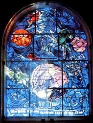 The tribe Simeon ~ The twelve windows were created by Marc Chagall for the Synagogue of the Hadassah hospital in Jerusalem. They symbolize the twelve sons of Jacob, which made the twelve tribes of Israel. Marc Chagall, Stained Glass Art, Stained Glass Windows, Chagall Windows, Sons Of Jacob, Create Words, Stage Set, Jewish Art, Cubism