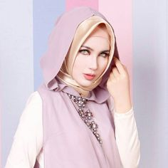 Be gorgeous with simply hijab... 27 days to go... @atikasaribloem will be on stage @sbyhijabfashionfest.. #regrann #hijabstyle #womanwithhijab #instahijab #hijabinlove #beauty #selebgram #selebwithhijab by sbyhijabfashionfest