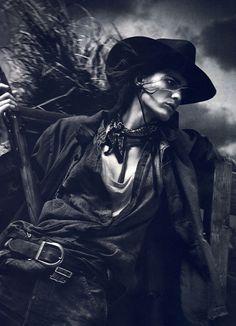female gunslinger