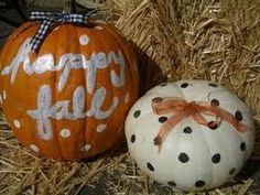Love it! Maybe do kids hand prints on their own pumpkins to decorate outside.