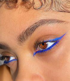 Edgy Makeup, Makeup Eye Looks, Creative Makeup Looks, Eye Makeup Art, Cute Makeup, Pretty Makeup, Skin Makeup, Doll Makeup, Blue Eyeliner Looks