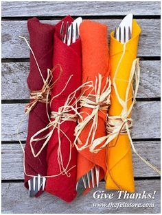 Fall Colors Cutlery Holders for Thanksgiving