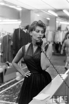 electronicsquid:  Sophia Loren (Peter Stackpole. 1958)
