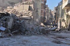 مصرع أمين شرطة واصابة فتاة في انهيار منزل من 3 طوابق باسيوط | بوابة صعيد مصر الإخبارية