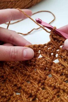 Crochet Tutorial Crochet Chart, Free Crochet, Crochet Patterns, Crochet Daisy, Double Crochet, Knitting Stiches, Crochet Stitches, Childrens Crochet Hats, Dots Candy