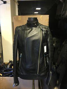 Real black biker jacket with crazy prices #leonardoleather