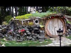 242 0647 Ana's Hobbit house - YouTube