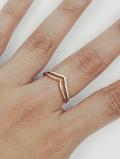 Diamond Wedding Band Diamond Wedding Ring Diamond Engagement - List of the best jewelry Chevron Ring, Ring Set, Ring Verlobung, Diamond Wedding Rings, Diamond Engagement Rings, Wedding Bands, Solitaire Diamond, Gold Diamond Rings, Black Diamond