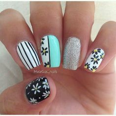 Nailpolis Museum of Nail Art Black And White Nail Art, White Nails, Trendy Nail Art, Easy Nail Art, Karma Nails, Finger Nail Art, Floral Nail Art, Flower Nails, Diy Nails