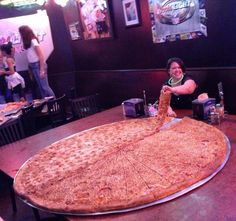 """""""Pizza"""" at Big Lou, Texas Pasta Recipes, New Recipes, Giant Pizza, Love Pizza, Sunday Brunch, Funny Photos, Epic Photos, Cravings, The Best"""