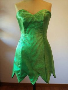 Handmade Tinkerbell costume Peter Pan inspired by TerreAltre Tinkerbell Halloween Costume, Tinkerbell Dress, Frozen Costume, Halloween Costumes, Mouse Costume, Couple Halloween, Pirate Costumes, Disney Costumes, Adult Costumes