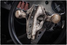 映画『マッドマックス 怒りのデス・ロード』に登場した改造車の美しく世紀末な写真集 50