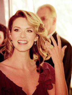 Top 20 Smiles of Todays Birthday Queen – Hilarie Burton – Hot and Sexy Actress Pictures Lucas And Peyton, Peyton Sawyer, Hillary Burton, Diana Penty, Todays Birthday, Chad Michael Murray, Lovely Eyes, Amy Jackson, Amanda Bynes