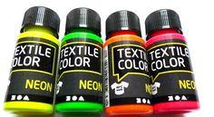 Neon ist im Trend, verschönere deine Textilien mit Stoffmalfarbe in angesagten Neontönen     4 Flaschen à 50 ml neongelb, neonorange,neongrün und n...
