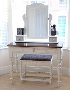 Feminine DIY Dressing Tables And Vanities 4 DIY Dressing table ideas