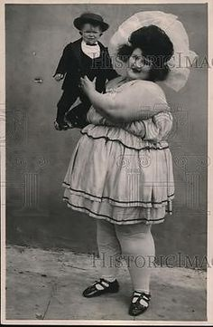 1922 Press Photo from California Of Barnum attractions Nellie Lane and Major Mite.