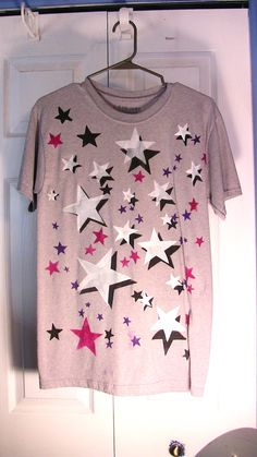 The stars only come out on this shirt
