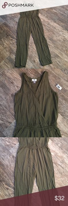 Spotted while shopping on Poshmark: NWT old navy jumpsuit! #poshmark #fashion #shopping #style #Old Navy #Pants