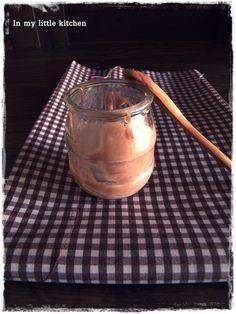 Petit suisse de chocolate con leche