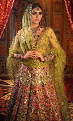 Designer Bridal Lehenga, Wedding Lehenga Designs, Bridal Lehenga Choli, Pakistani Mehndi Dress, Pakistani Bridal Dresses, Pakistani Dress Design, Indian Bridal Outfits, Indian Bridal Fashion, Indian Designer Outfits
