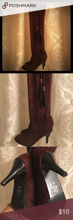 Faux Suede Dark Brown Boots Size 37 /6.5 the have a funny for hence the price. Better for ladies' with narrow feet and skinny calves. Shoes Over the Knee Boots