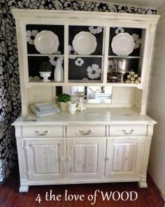 4 the love of wood: THE PORCELAIN & BRASS CHINA CABINET