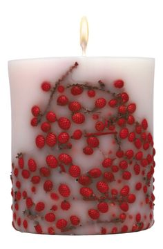 Holiday berry candle