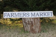 Farmers Market sign, fixer upper style, vintage sign, reclaimed wood by southernbellesign on Etsy https://www.etsy.com/listing/262677546/farmers-market-sign-fixer-upper-style