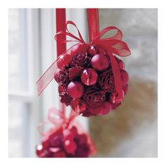 Cute idea and a great craft to use up those odds and ends from last years decorating