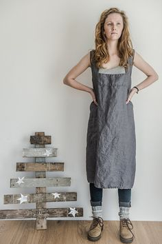 not PERFECT LINEN | PINAFORE - SQUARE CROSS LINEN APRON (dark grey) | エプロン | ROOM - my favorites
