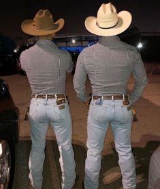 Wrangler Butts — thewranglerbutts: Wrangler The Sexiest Jeans Ever. Hot Country Men, Moda Country, Cute Country Boys, Wrangler Jeans, Wrangler Cowboy Cut, Men In Tight Pants, Cowboys Men, Real Cowboys, Hunks Men