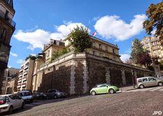 Hôtel de La Trémoille (1912) 1, boulevard Delessert Paris 75016. Architecte : Ernest Sanson. Résidence de l'ambassadeur de Serbie.