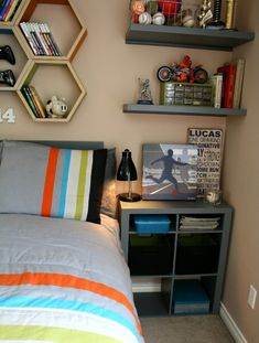 Cool bedroom for teen boys | TodaysCreativeBlog.net | Designed with help from Aaron Christensen